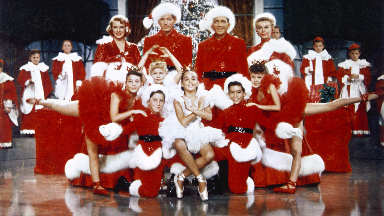 Rosemary Clooney, Danny Kaye, Bing Crosby and Vera-Ellen in WHITE CHRISTMAS (1954). © Paramount Pictures