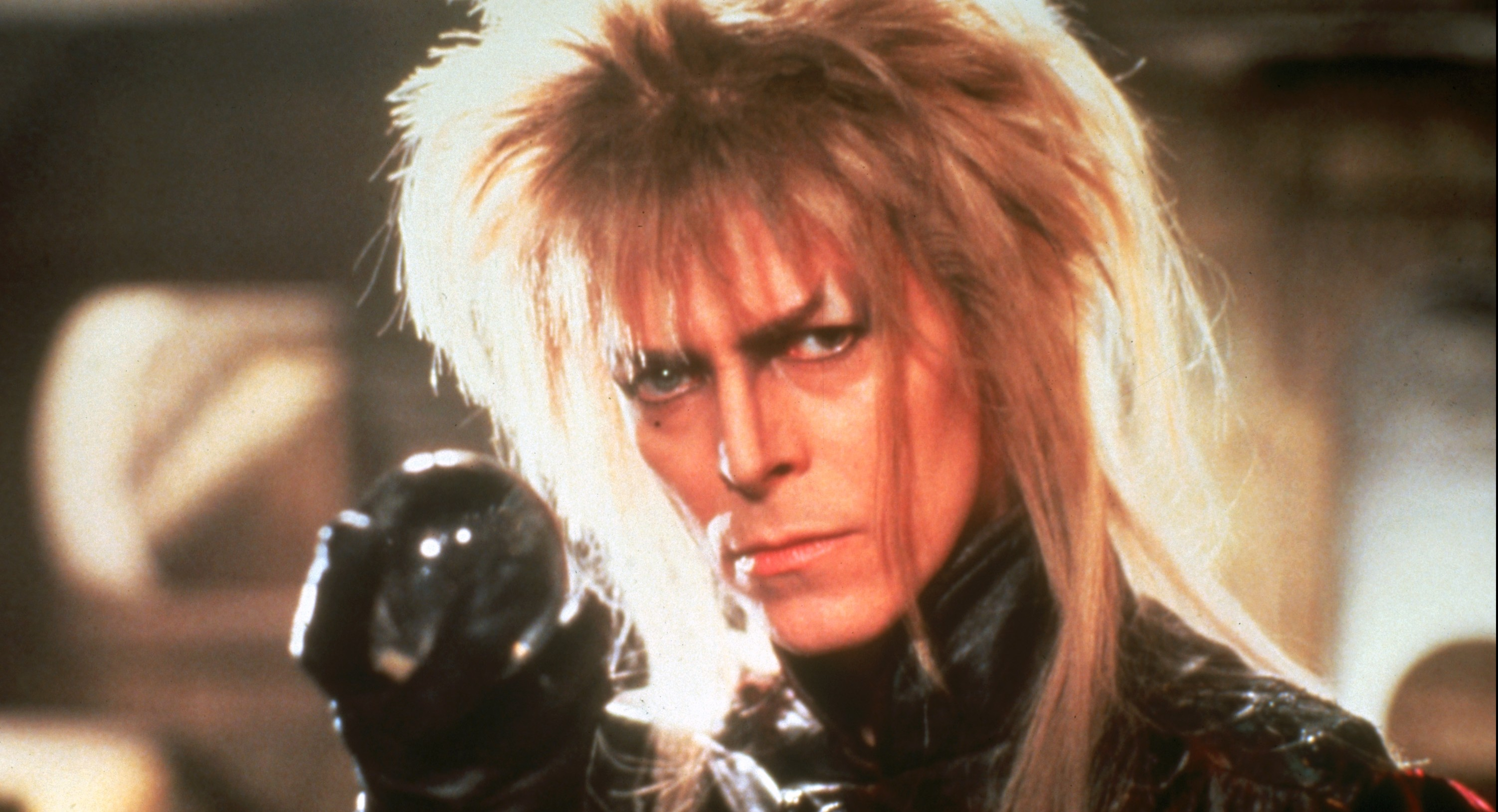 Davie Bowie as 'Jareth, The Goblin King' in LABYRINTH (1986). Lucasfilm / Tristar Pictures
