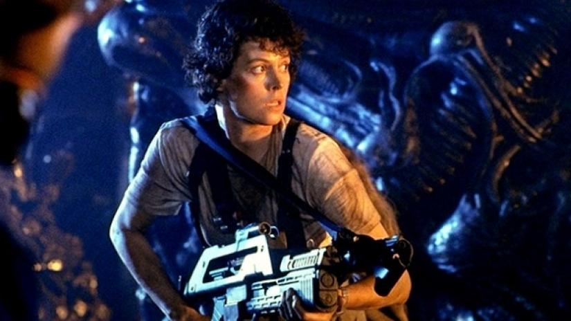 Sigourney Weaver stars as Ellen Ripley in ALIENS (1986)